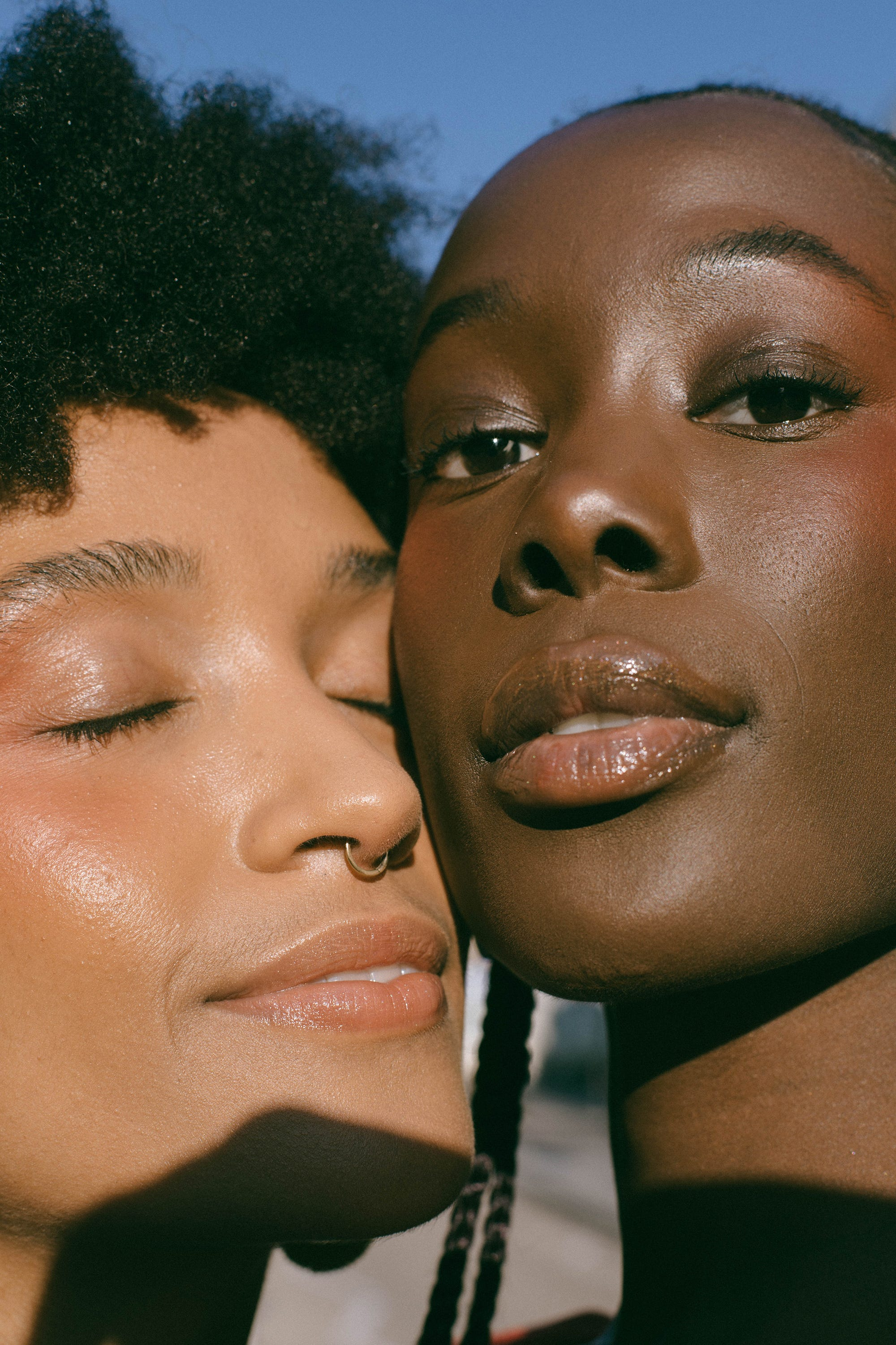 9 Common Summer Makeup Dilemmas Solved By Pro Artists