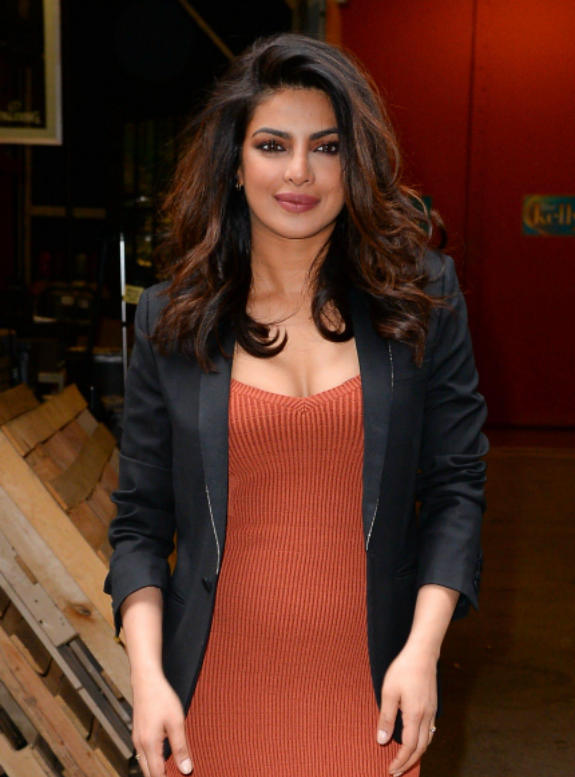 Priyanka chopra giving blowjob nude pics — pic 11
