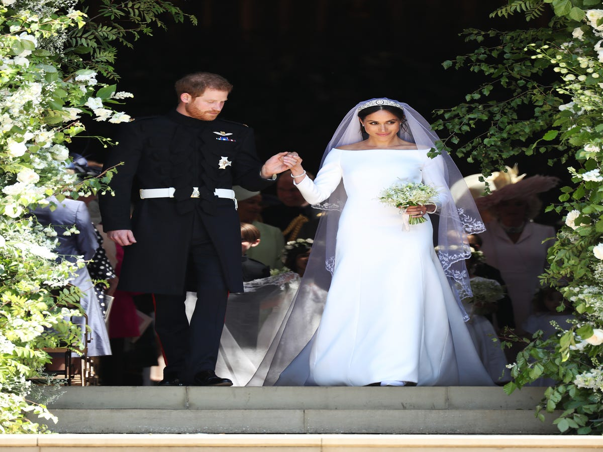 Did Queen Elizabeth Shade Meghan Markle s White Wedding Dress?
