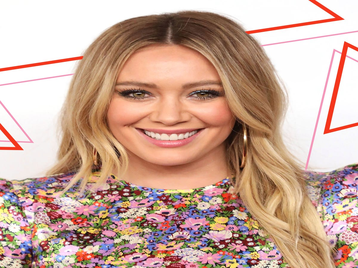 Hilary Duff Got Engaged Wearing The Perfect Nail Design