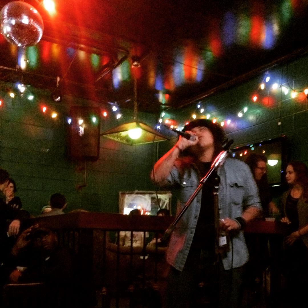 Best Karaoke Bars NYC- Cheap Karaoke