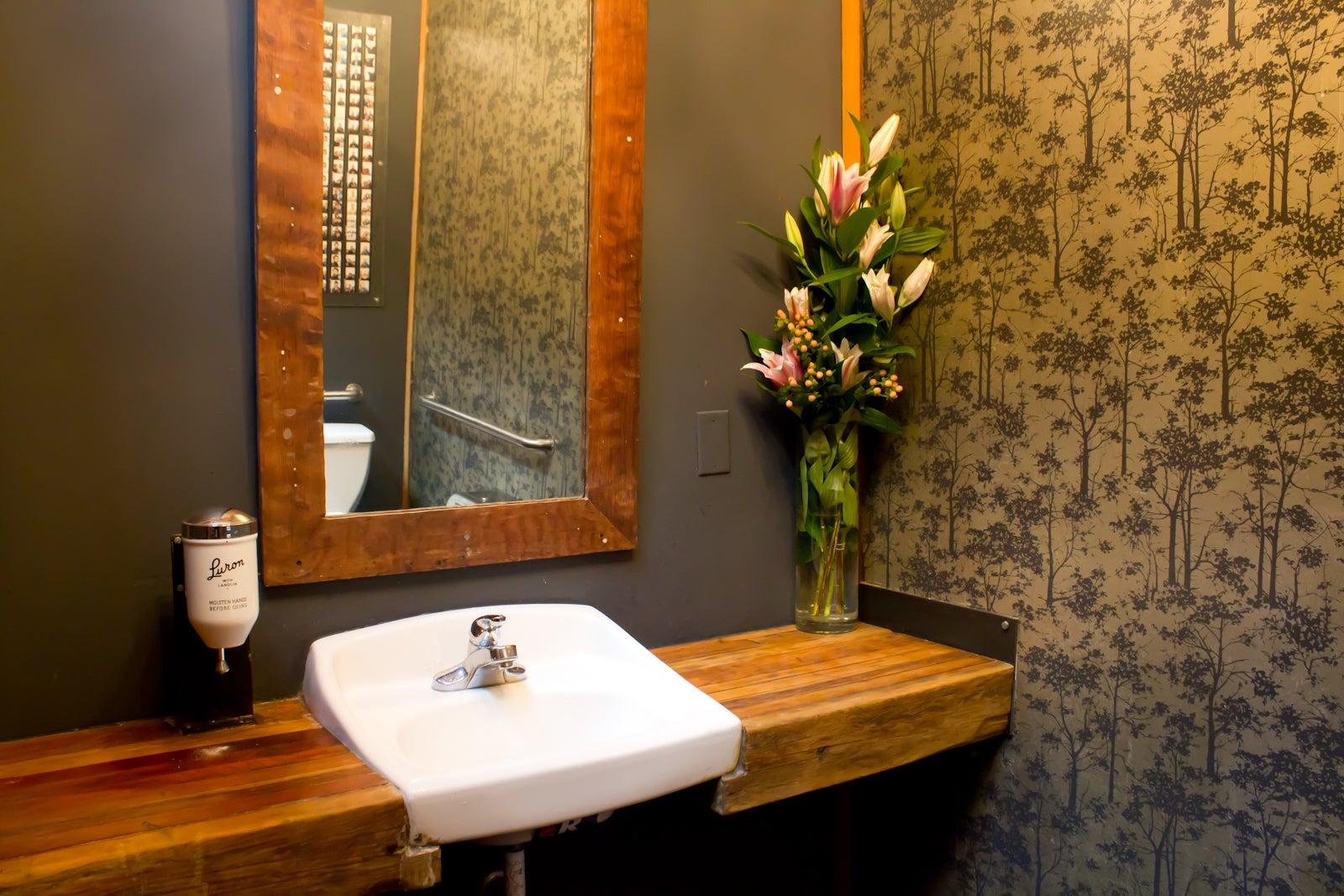 . Coolest Bathrooms San Francisco   Best Restaurant Bathrooms San Franci