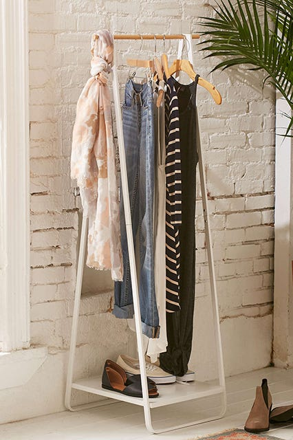 Incroyable If Your Apartment Lacks Closet Space, Youu0027re Going To Want To Invest In One  Of These. Display Your Favorite Pieces (and Curate Your Wardrobe In The  Process) ...