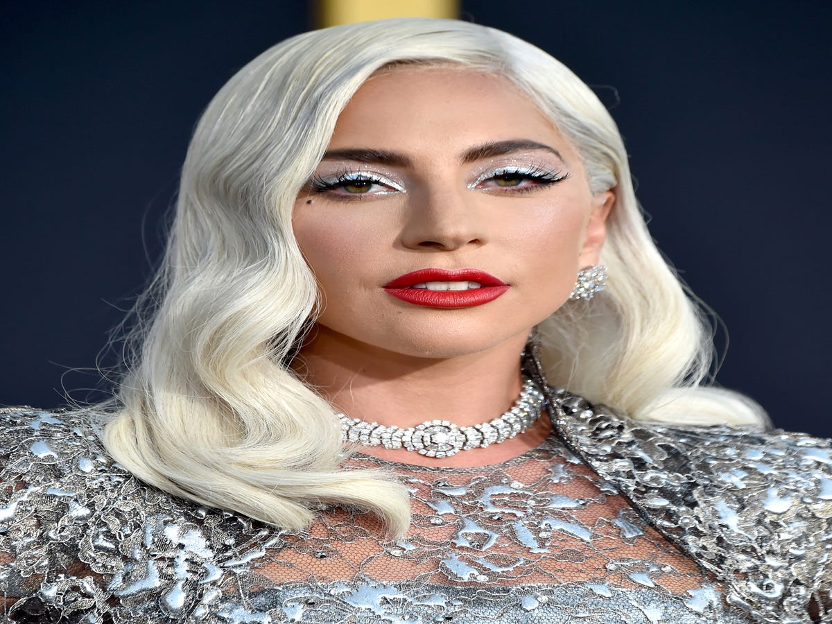 Lady Gaga s Colorist Breaks Down The Right Way To Go Blonde