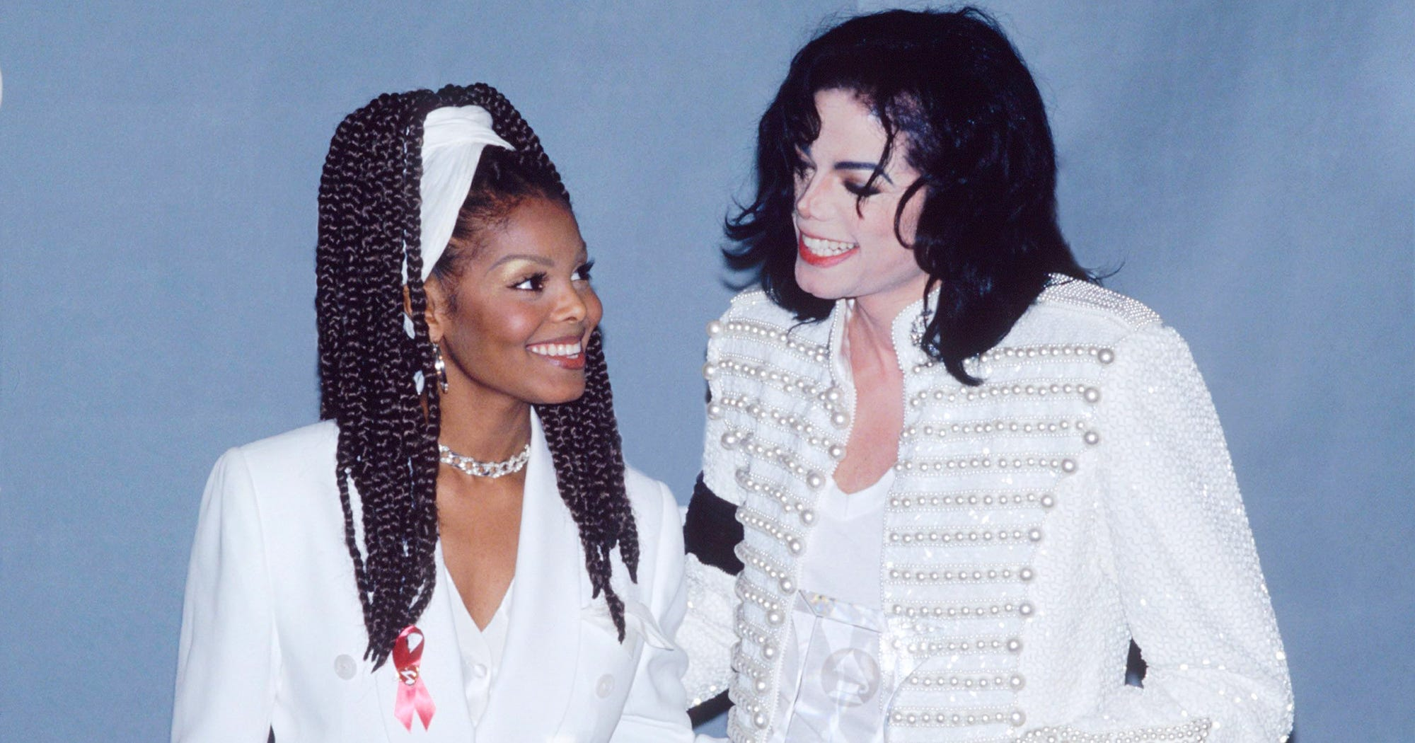 Janet Jackson Remade An Iconic Michael Jackson Moment For Her Late Brother's 60th Birthday