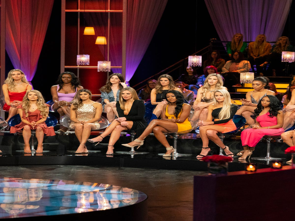 The Bachelor Women Tell All Recap: Tears, Fears & Demi s Sneers