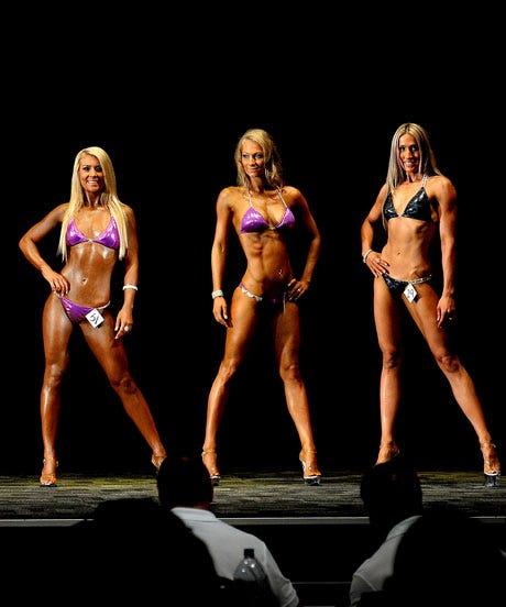 Amateur bra competition pics — img 12