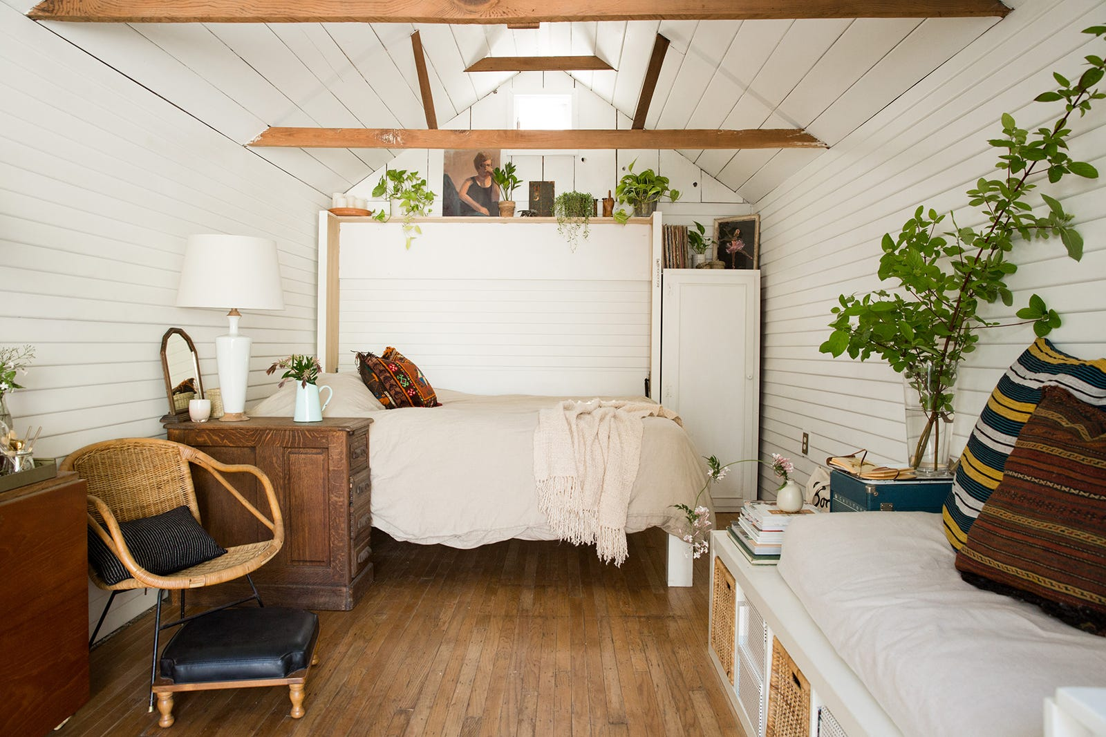 Tiny Home Small Bungalow Living Tips