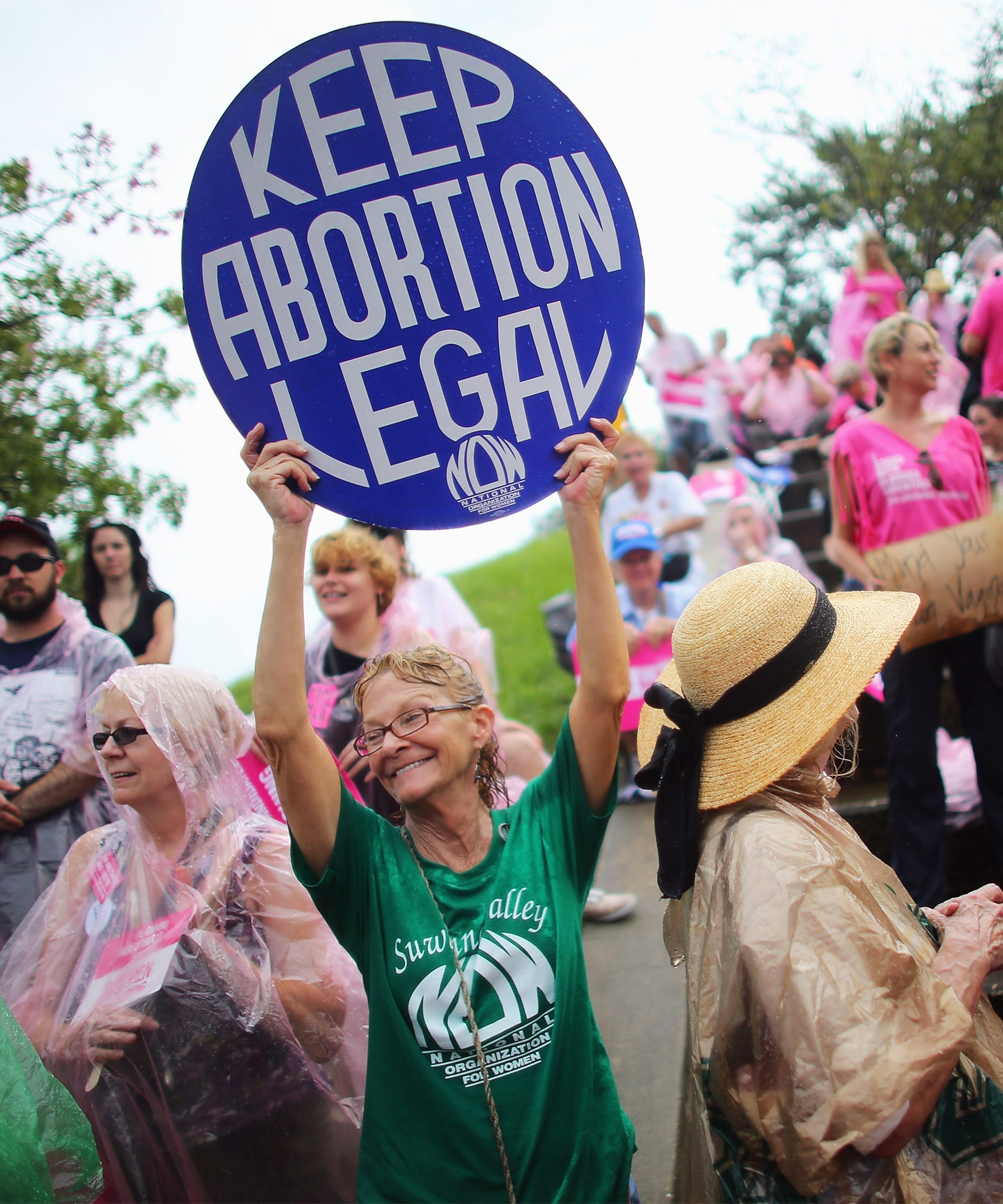 Missouri Passes Extreme Bill Criminalizing Abortion After Eight Weeks