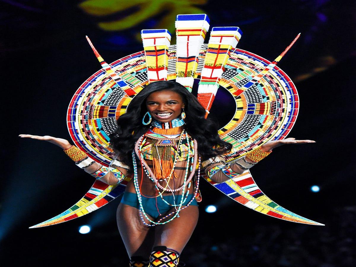 When Will The Victoria s Secret Fashion Show Become Size-Inclusive?