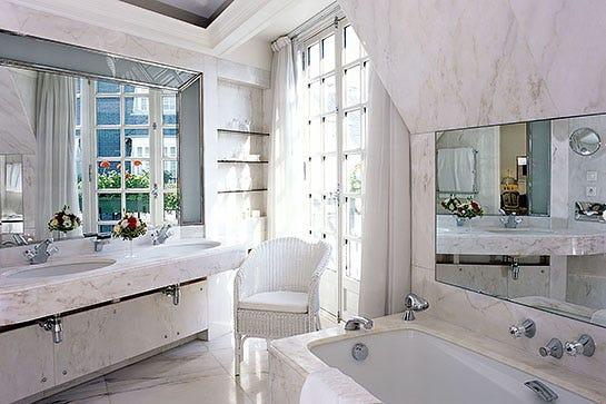 best hotel bathrooms. Photo: Courtesy Of Le Bristol Paris. Best Hotel Bathrooms