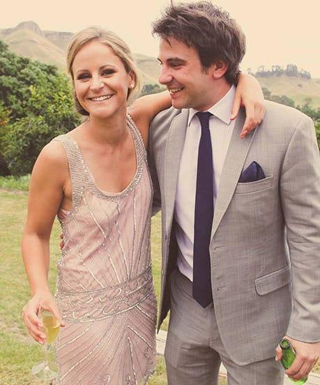 Dating wedding photos