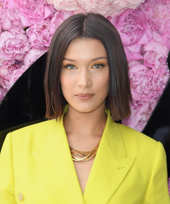 Bella Hadid Cant Stop Getting The La Bob Haircut 2018