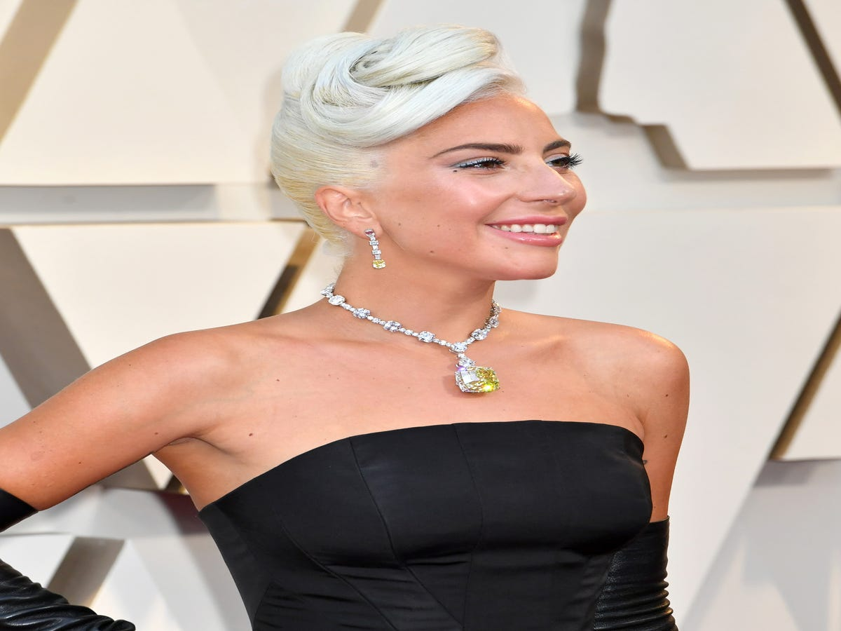 Lady Gaga s Oscars Updo Was Inspired By A Hollywood Icon