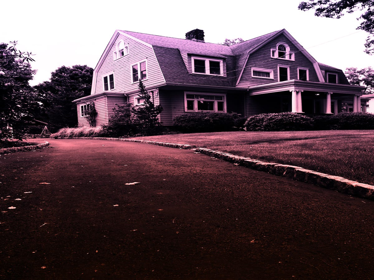 This NJ Town Has Two Real Life Hill Houses — & The Truth Is Creepier Than The Show