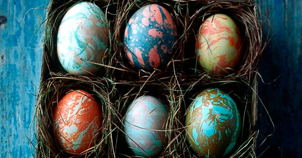 DIY Marble Eggs So Chic You Can Keep Them Around Past Easter