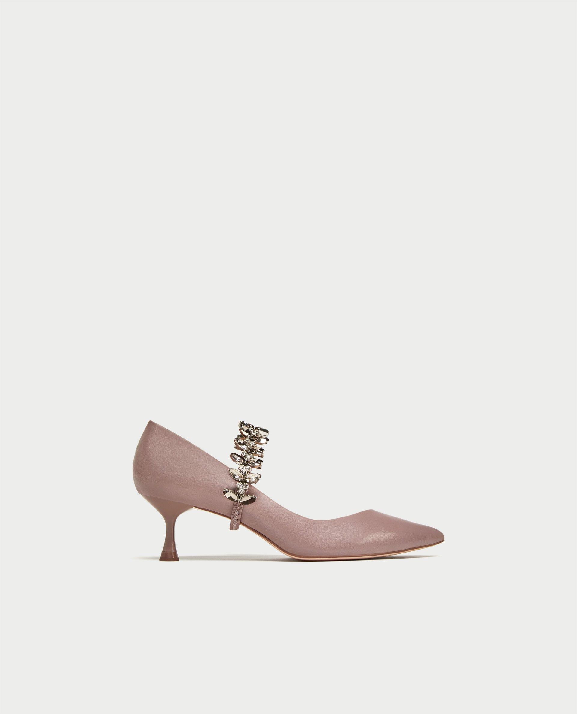 Https En Us 2017 10 179136 Meth In Trick Or Freddie The Frog Baby Shoes Gwen Stripes Image