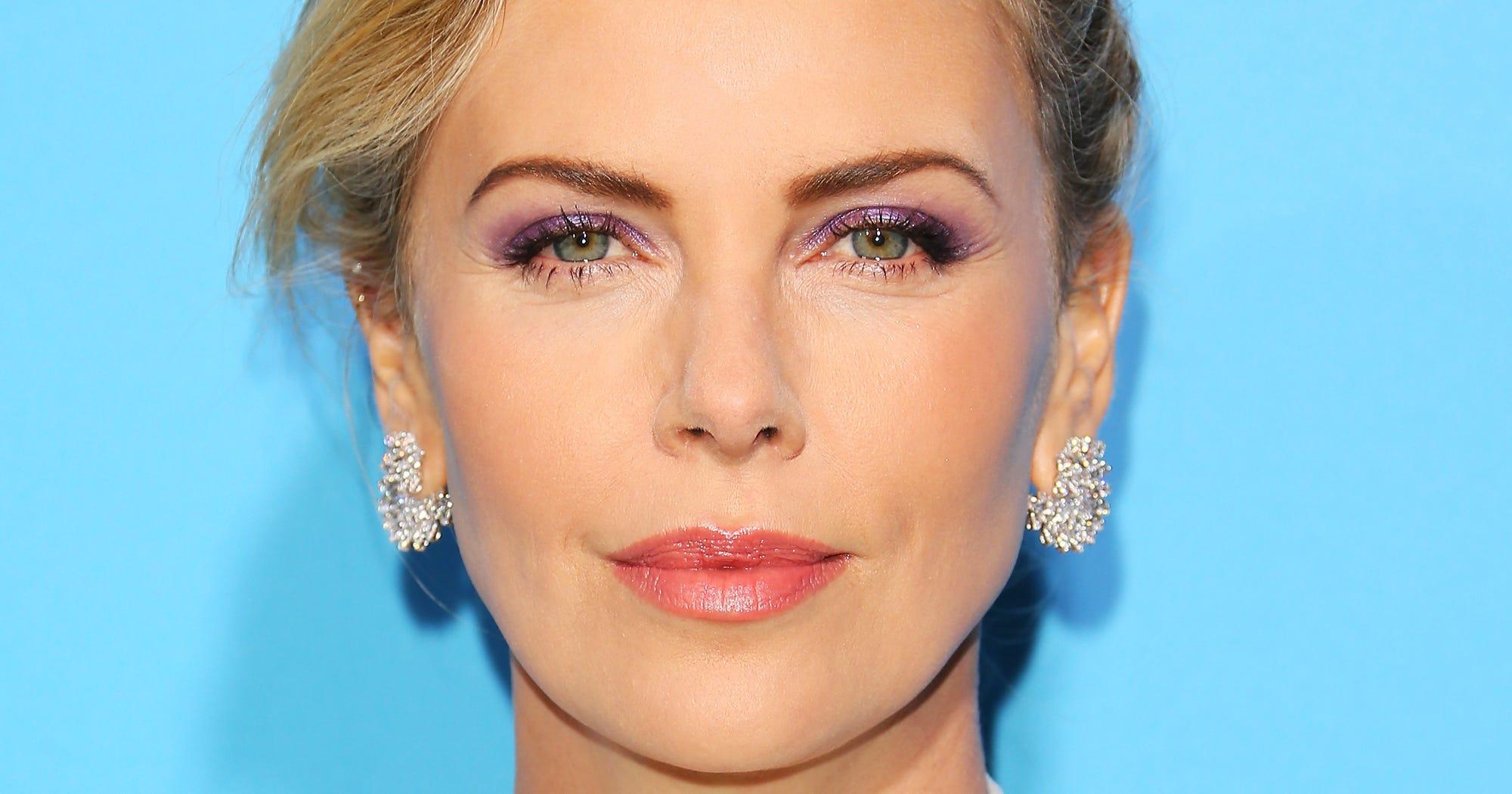 The Bright Makeup Look That Minimalists Will Still Love