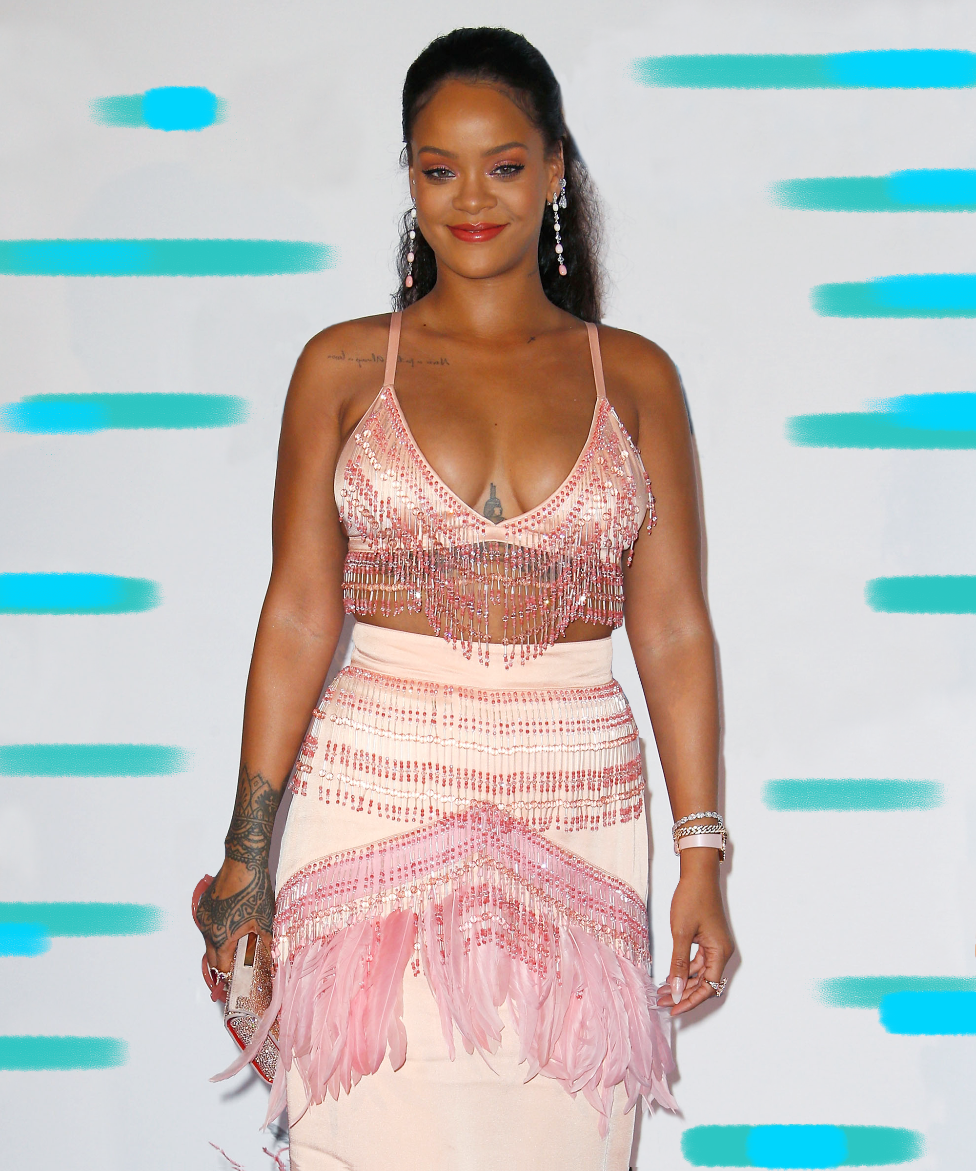 f4ee24afbeb44 Rihanna Naked Outfit Sequin Bra Funny Tweets Crop Over