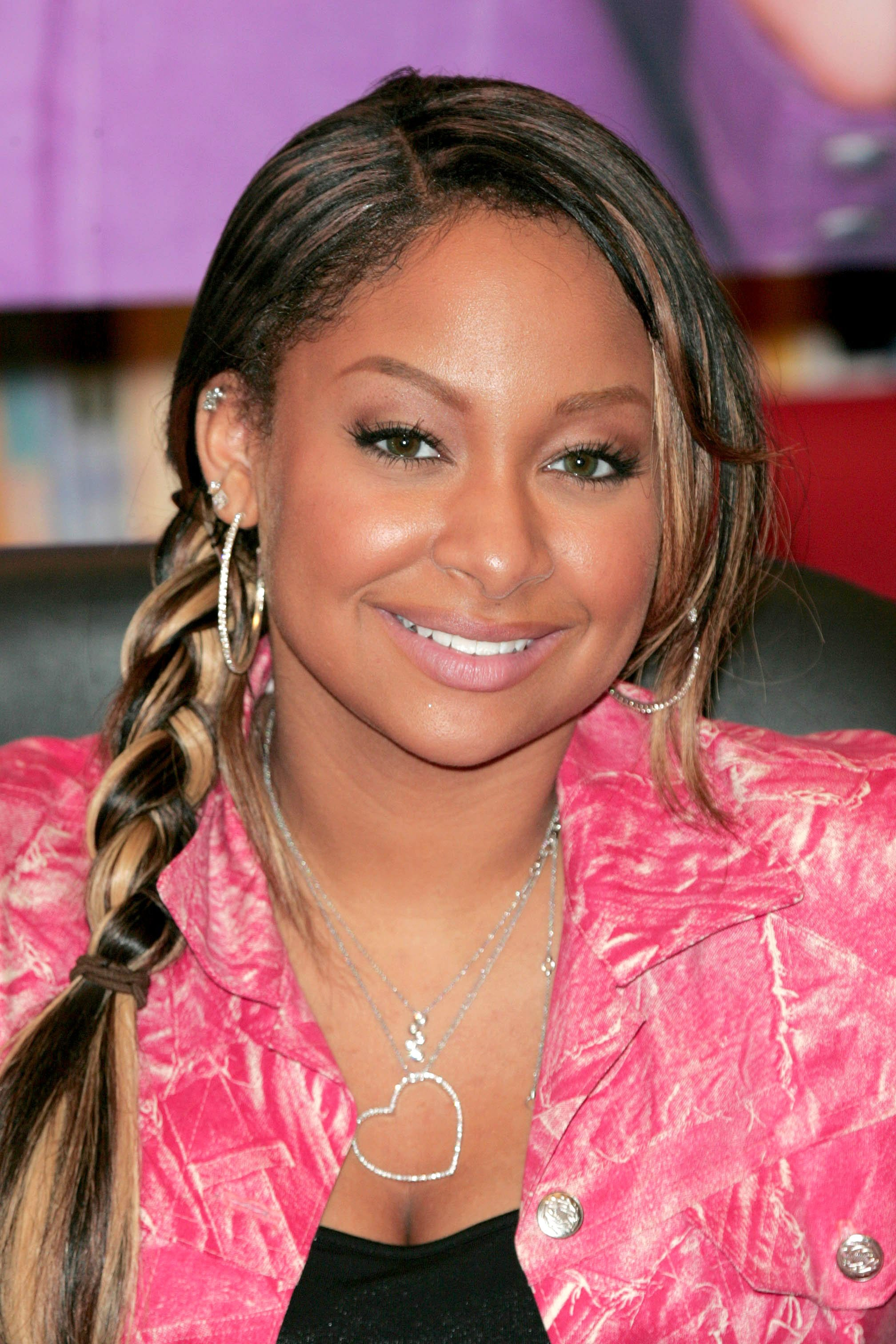 Hook up my space thats so raven