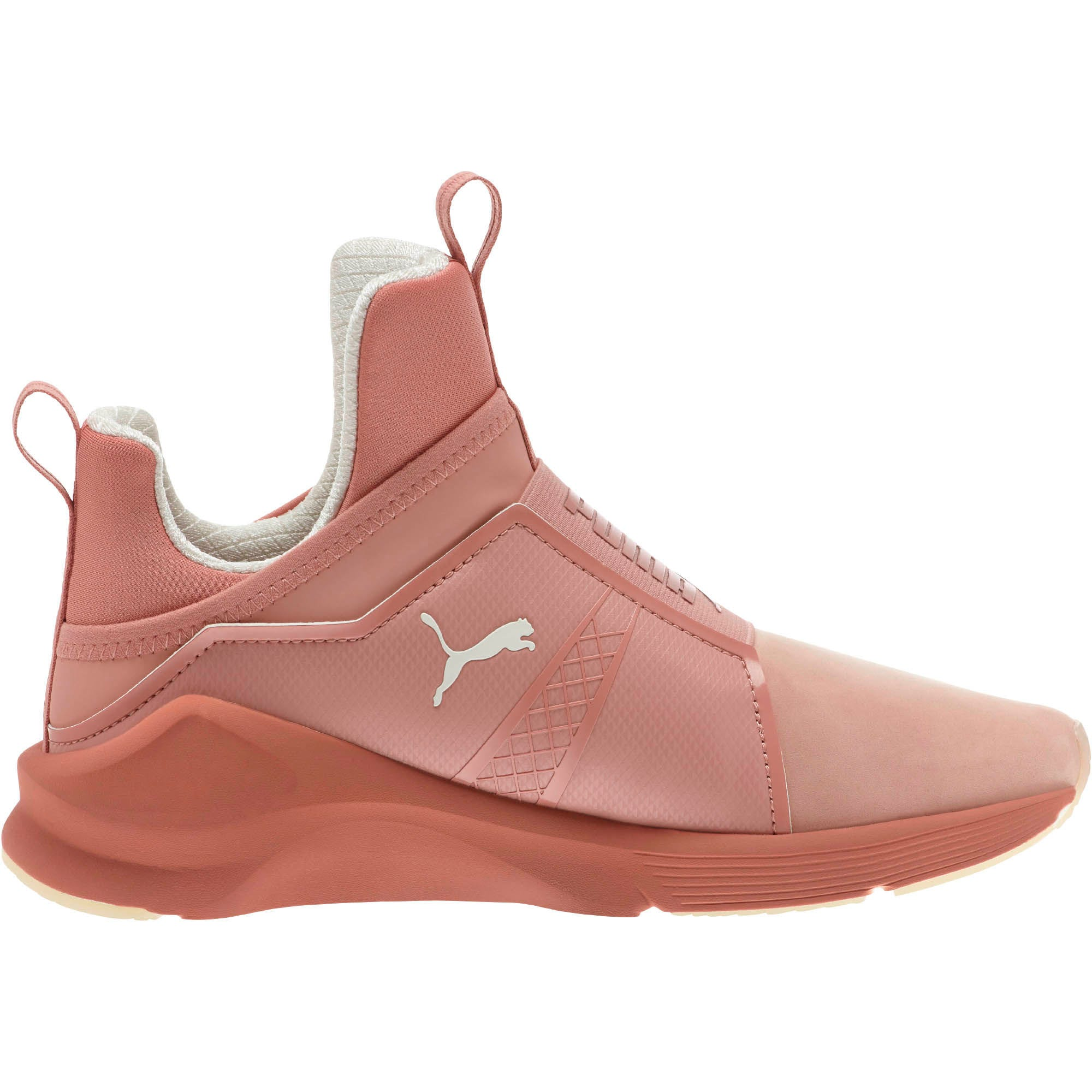 Https En Us 2017 10 179136 Meth In Trick Or Little Fresco Pink Bowie Shoes Image