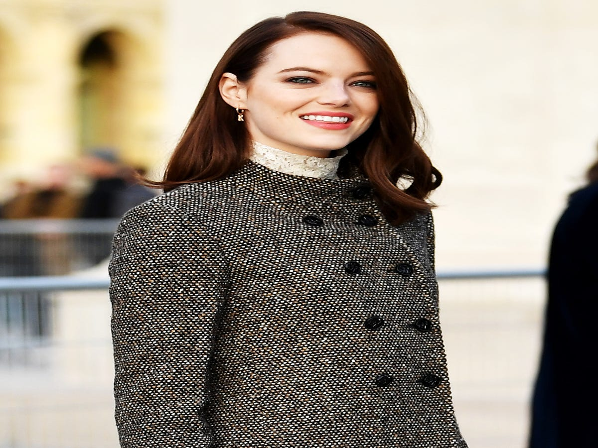 Emma Stone Just Embraced 2019 s Breakout Hair-Color Trend