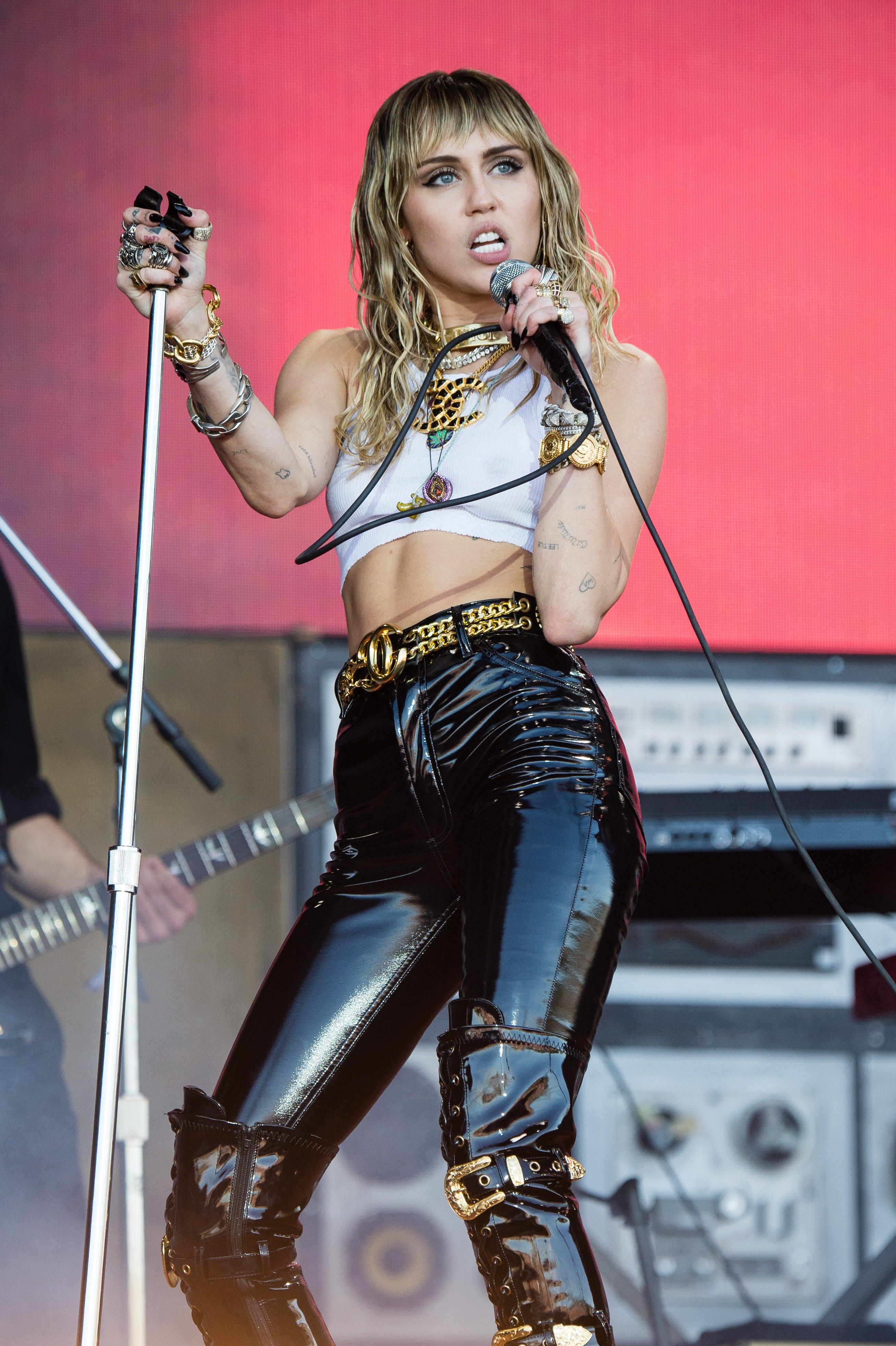 Miley Cyrus & Kaitlynn Carter Gave Brody Jenner The Most On-Brand Birthday Present