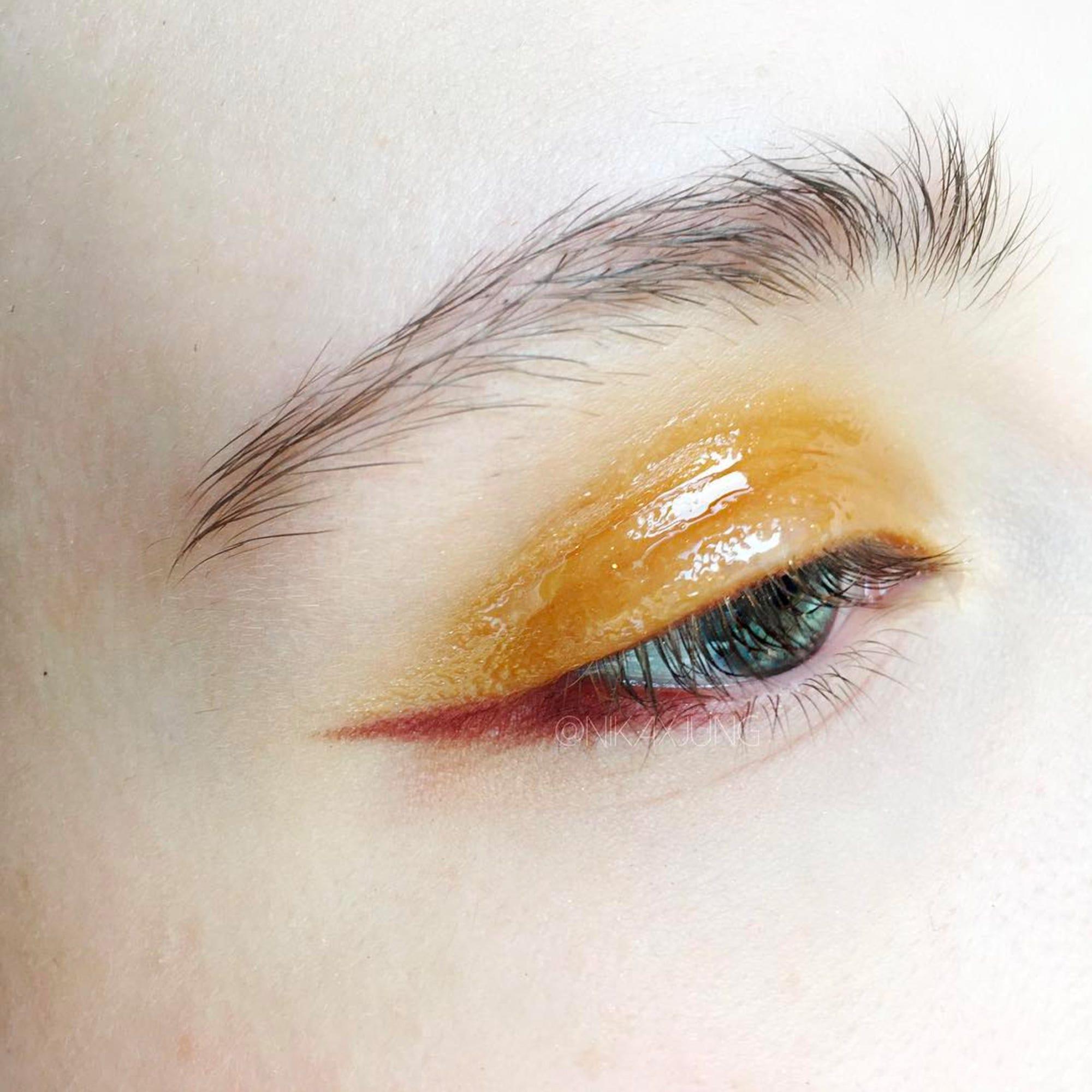 Glossy Eyeshadow Trend Best Eye Makeup Looks Photos