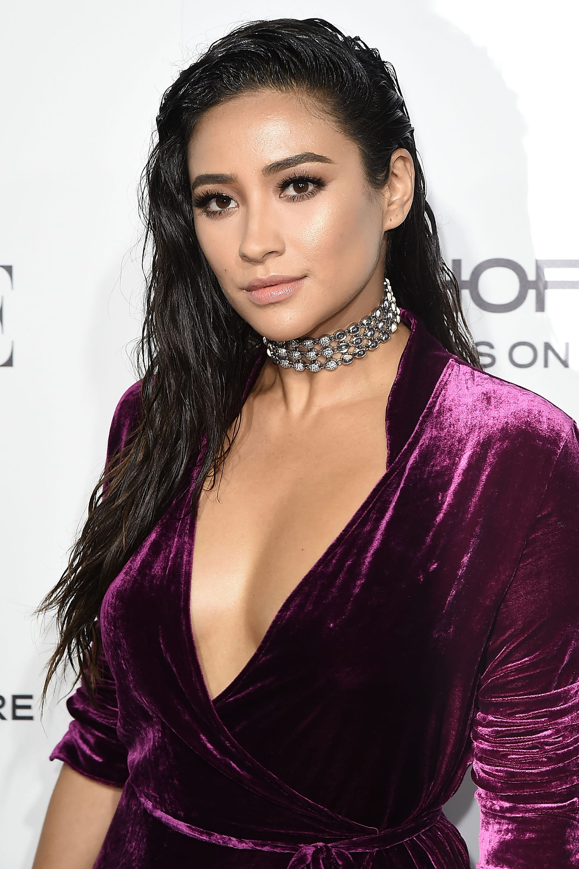 Watch The 14 Best Shay Mitchell Beauty Moments Ever video