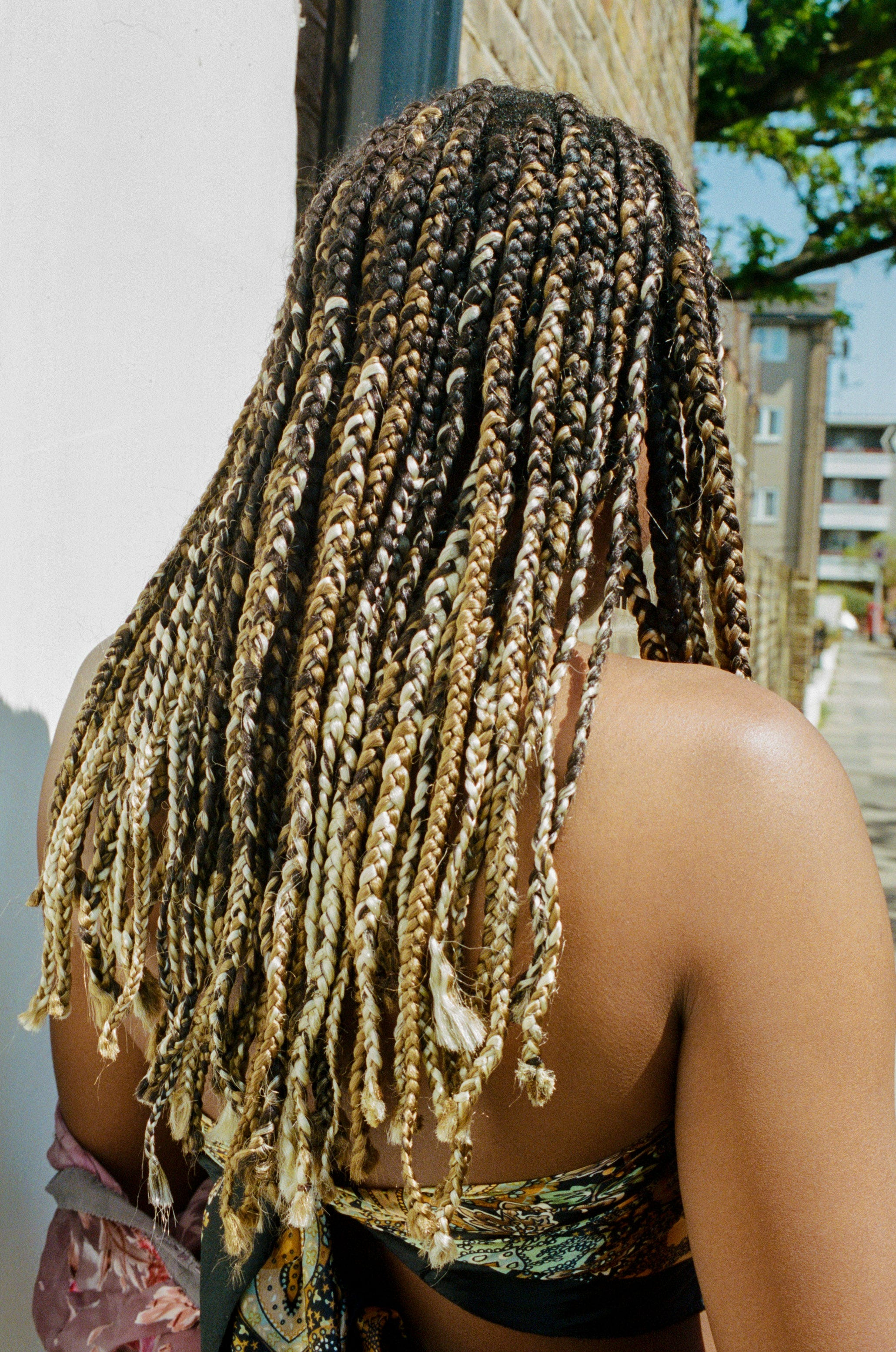 Braids Are Causing Unbearable Itching & There's A Sinister Reason Behind It