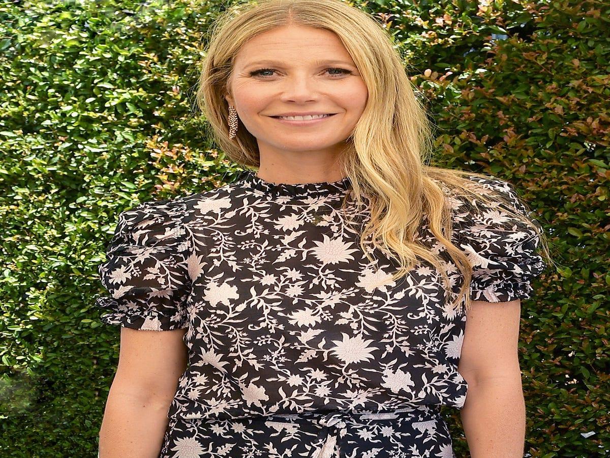 Gwyneth Paltrow Married Brad Falchuk In A Valentino Dress