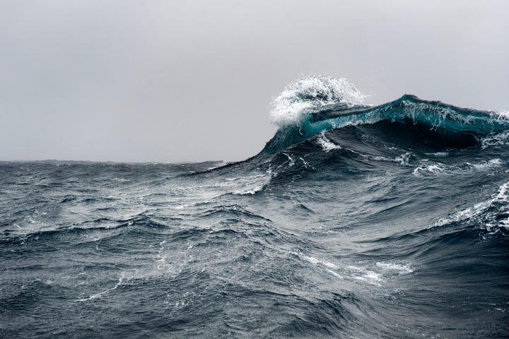 thalassophobia fear of the ocean open water reasons