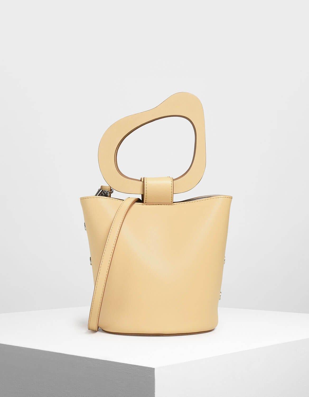 8ebe79dd825 Summer Handbag Trends 2019 Best Bags For Work & Play