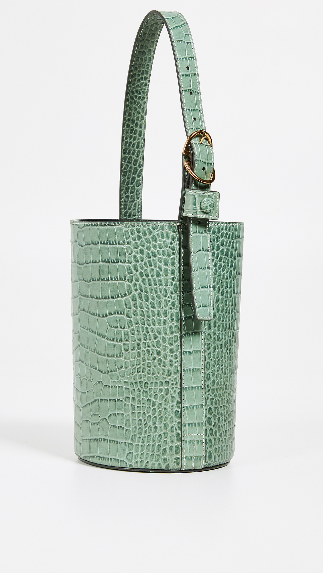 It s Official: We re Tossing Out Our Beaded Bags For A New Handbag Trend