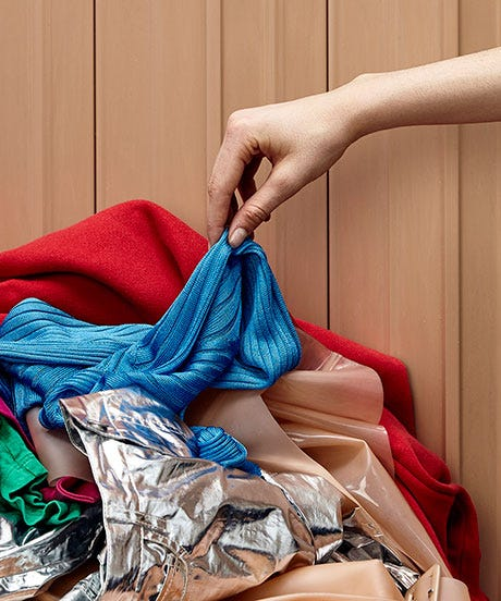 20 Hacks That Make Cleaning Out Your Closet WAY Easier