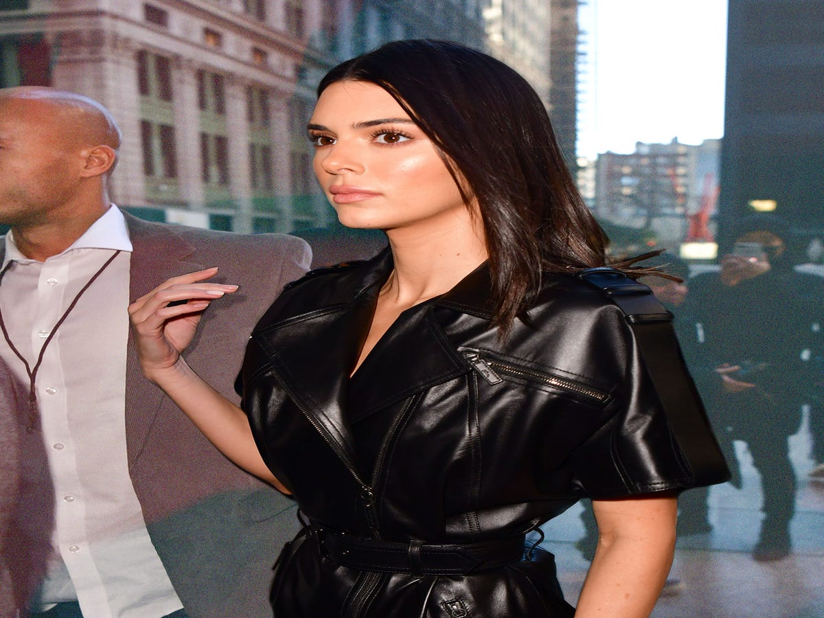 Kendall Jenner Finally Wore Her Cow-Print Manicure