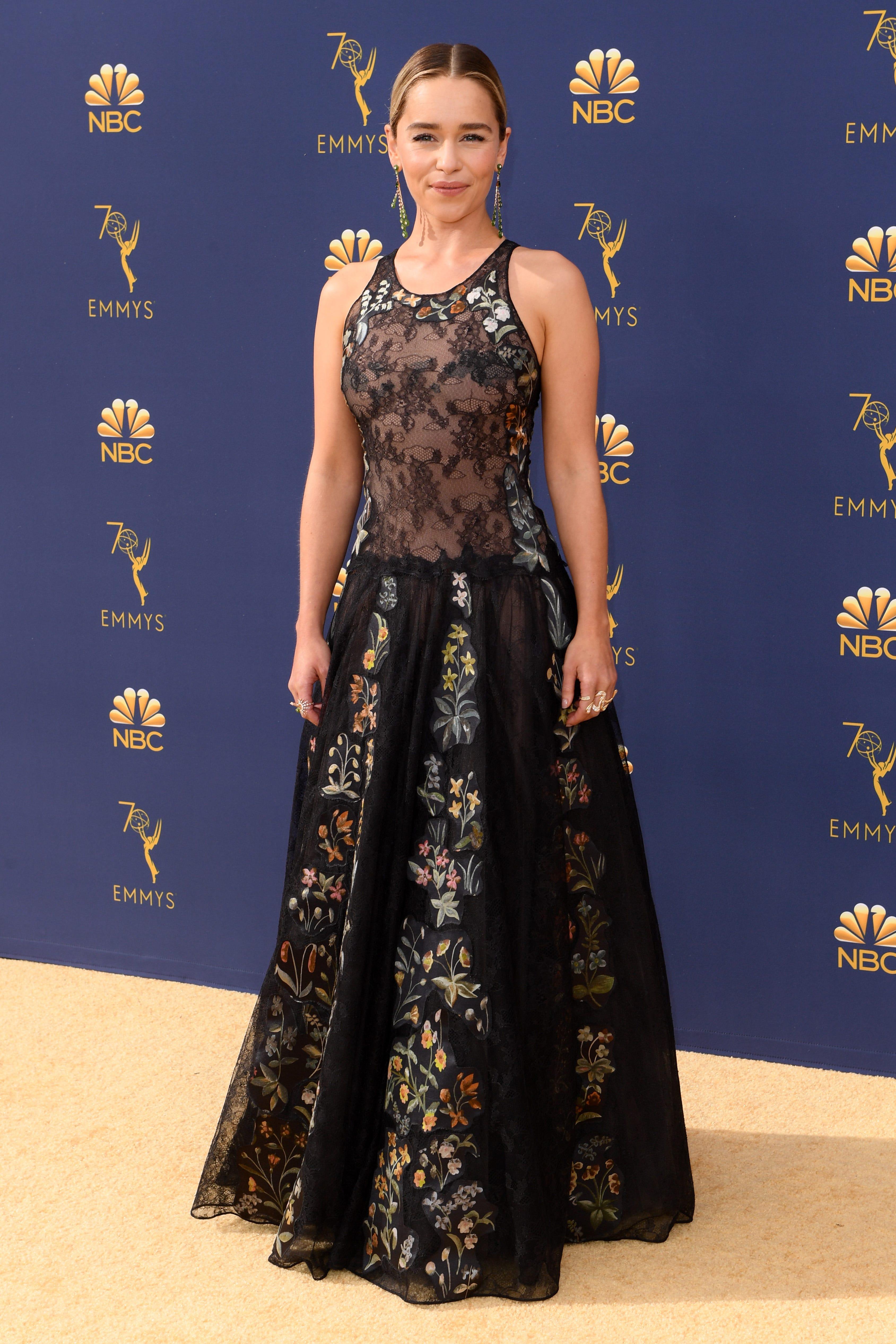 8ac77832478 2018 Emmys Best Dressed Celebrity Photos On Red Carpet