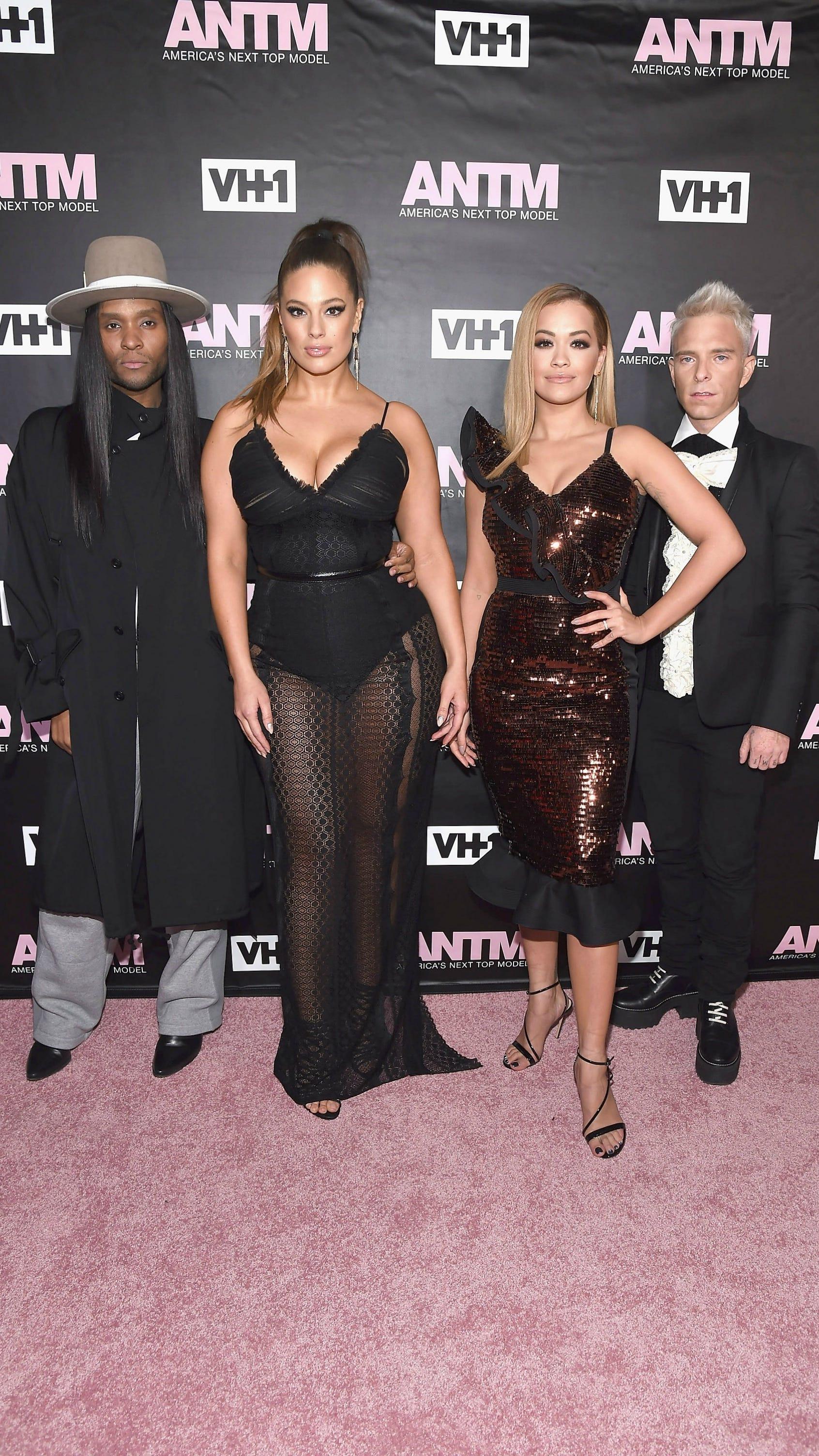 ¿Cuánto mide Rita Ora? - Real height Image