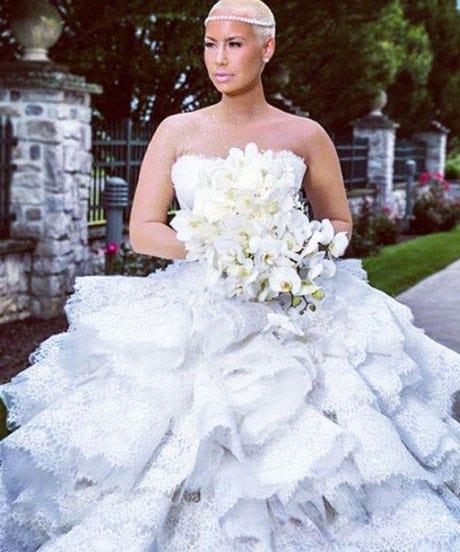 Amber Rose Wiz Khalifa Finally Share Wedding Pics