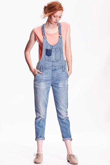 c654479b975 Katie Holmes Overalls Outfit