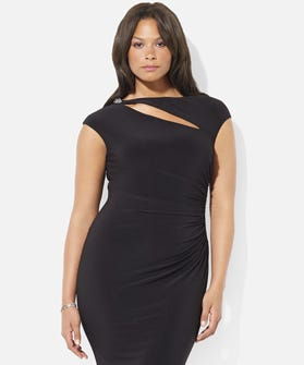3d80ff009b6 14 Gorgeous Plus-Size Dresses To Make You A Holiday Party Knockout