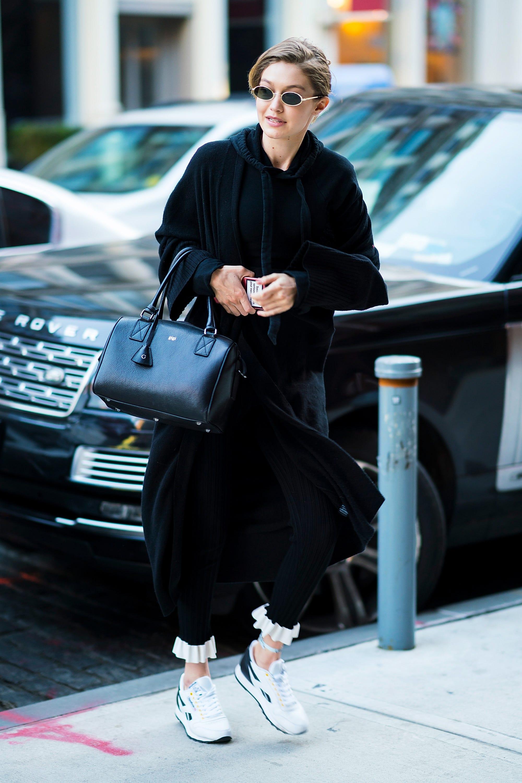 a822c1efdb4 Gigi Hadid Style, Street Style - Gigi Hadid Outfits