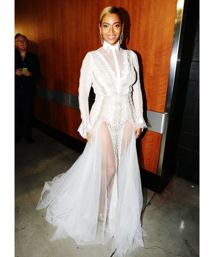 Beyoncé Wore A Wedding Dress To The Grammys