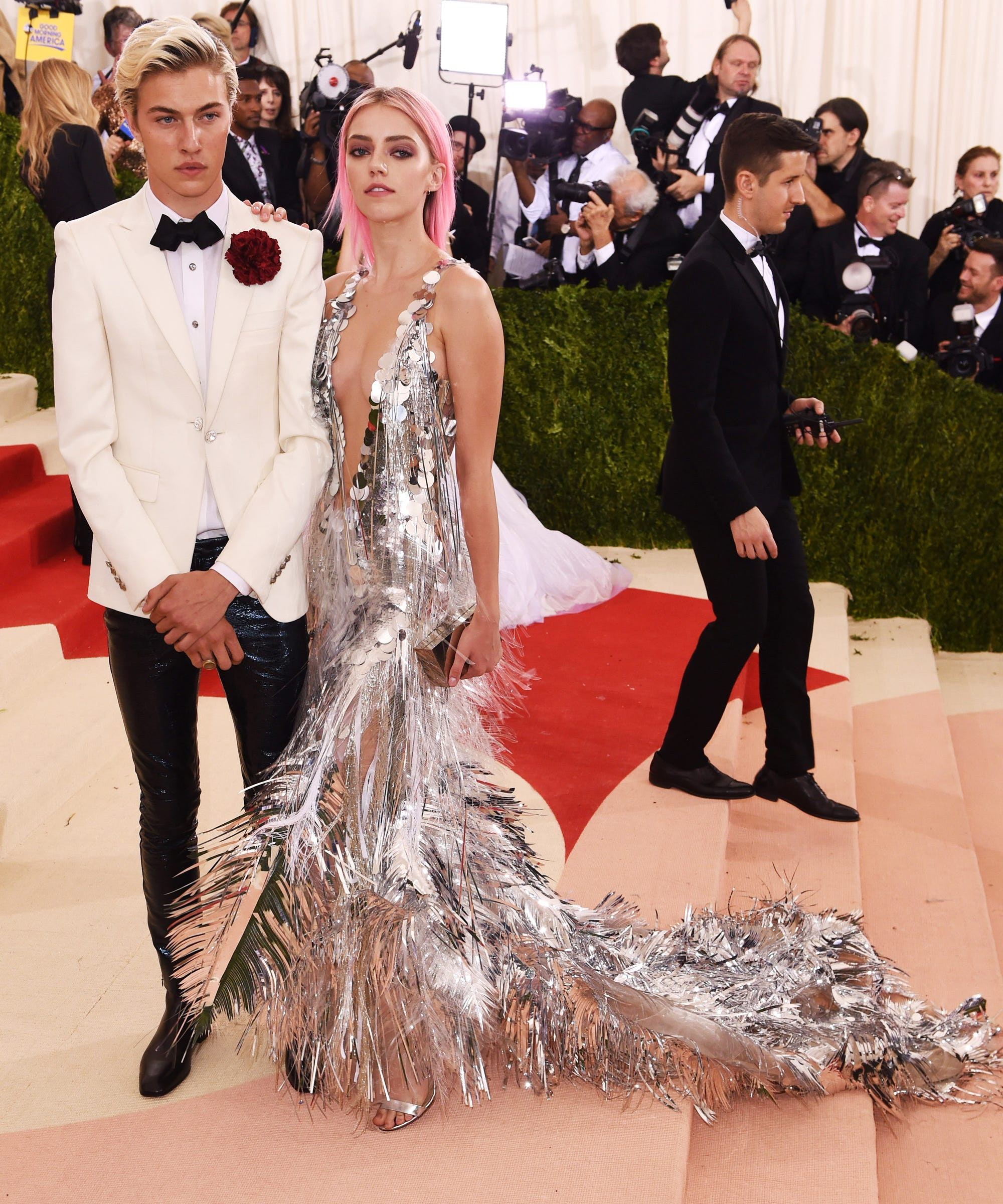 Lucky Blue Smith HM Met Gala 2016 Red Carpet Outfit
