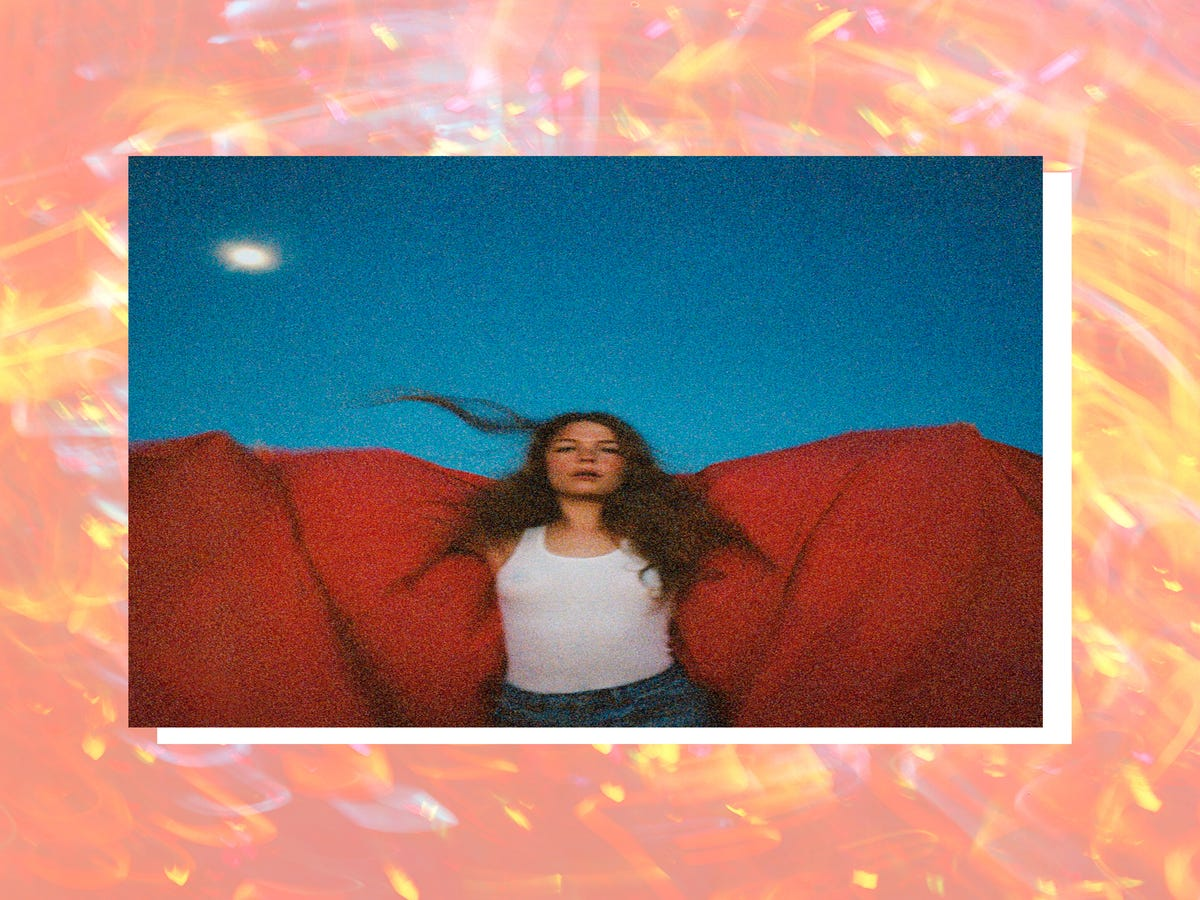 Maggie Rogers Wants To Be Your Valentine & She Brought Music