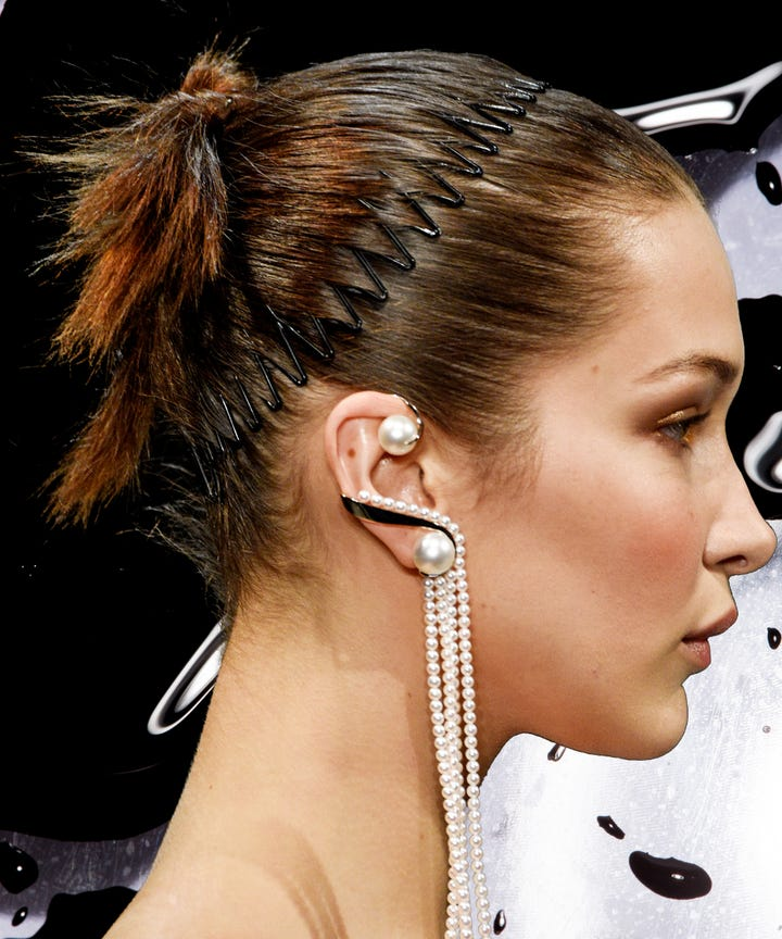 90s Hair Accessories Make A Comeback At Fashion Week