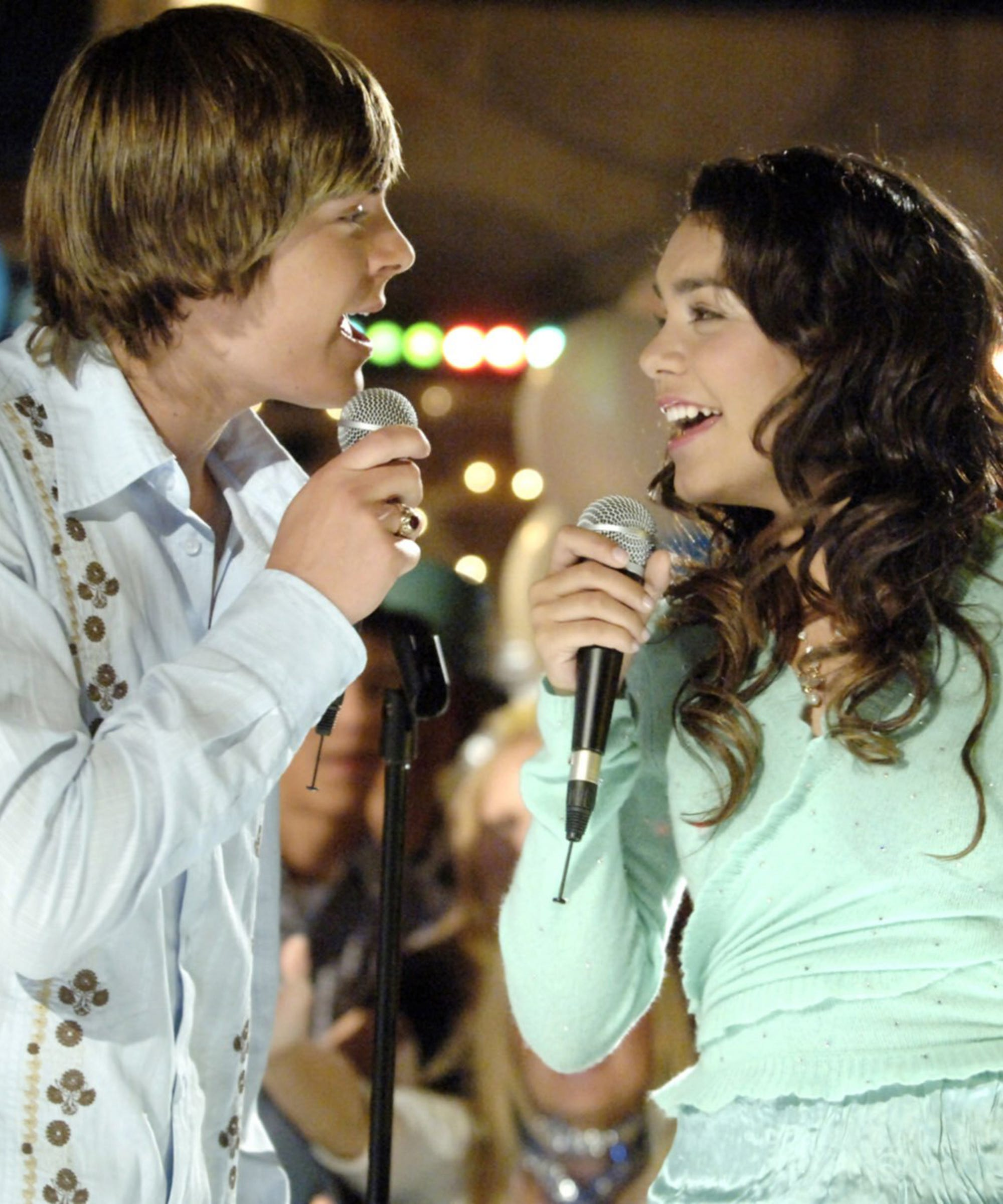 Vanessa Hudgens Gushes About Her HSM Romance With Zac Efron