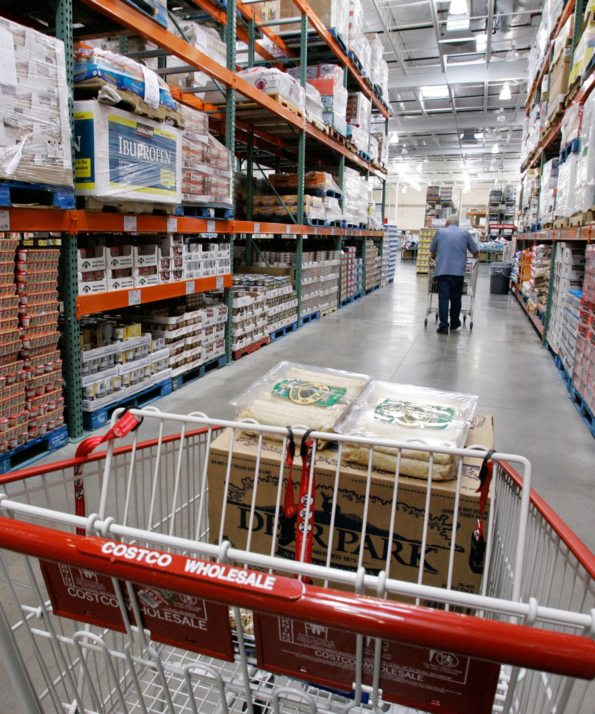 What A Former Costco Employee Wants You To Know