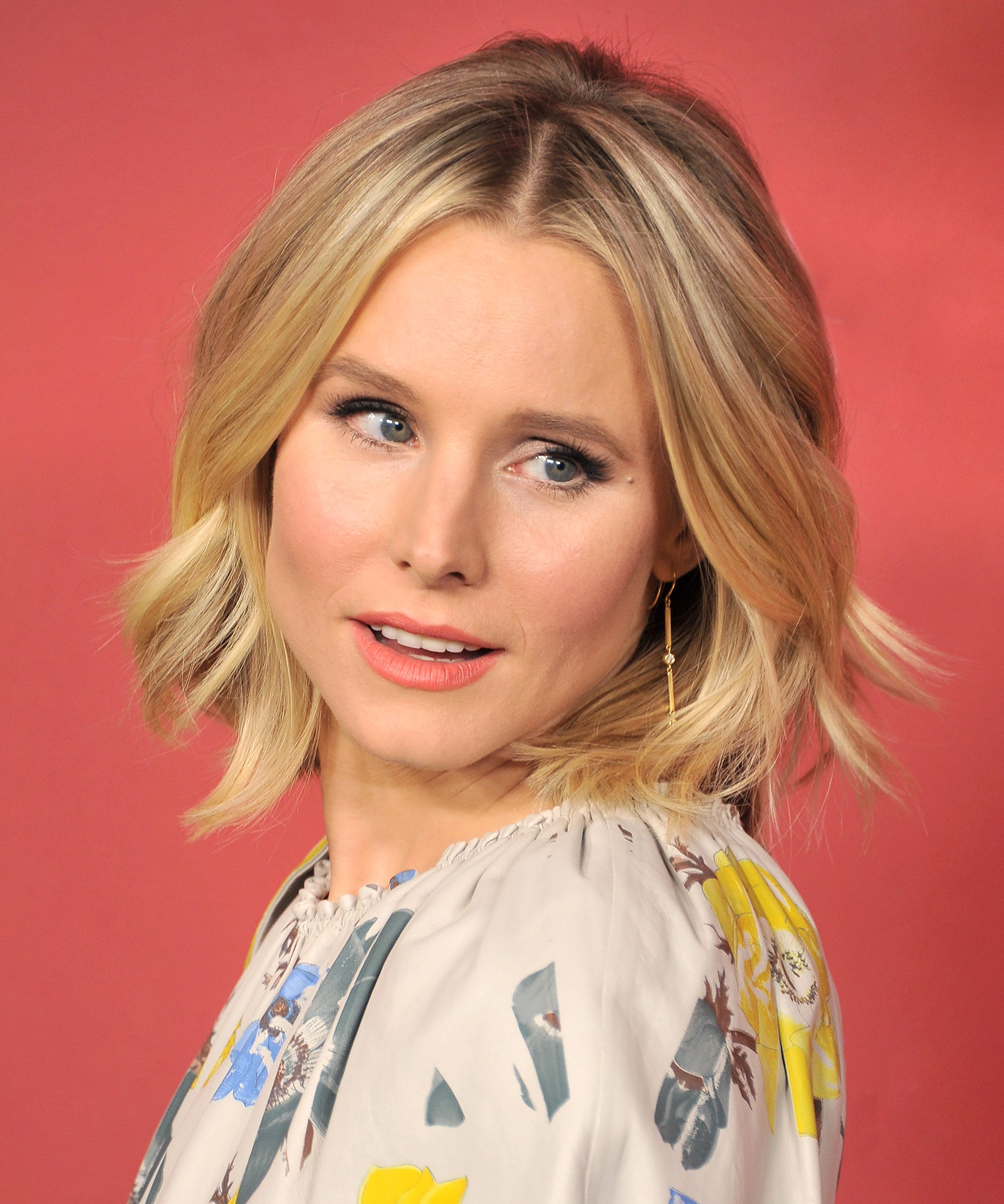 Kristen Bell Just Showed Us The Cutest Way To Style A Summer Bob