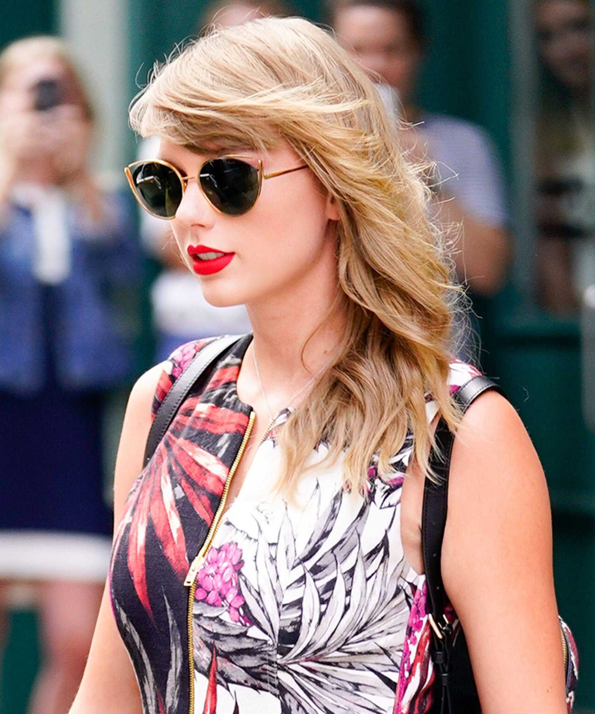 d8f34edcf59 Taylor Swift RevealsName Of Her 3rd Cat & It's A Boy